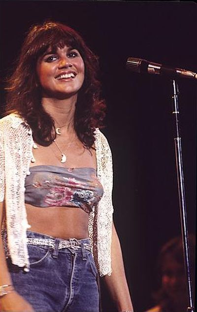 Linda Rondstadt on stage, 1970s. Photo by Andrew Kent.