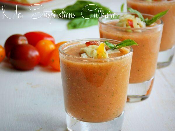 Gaspacho de tomates et concombre