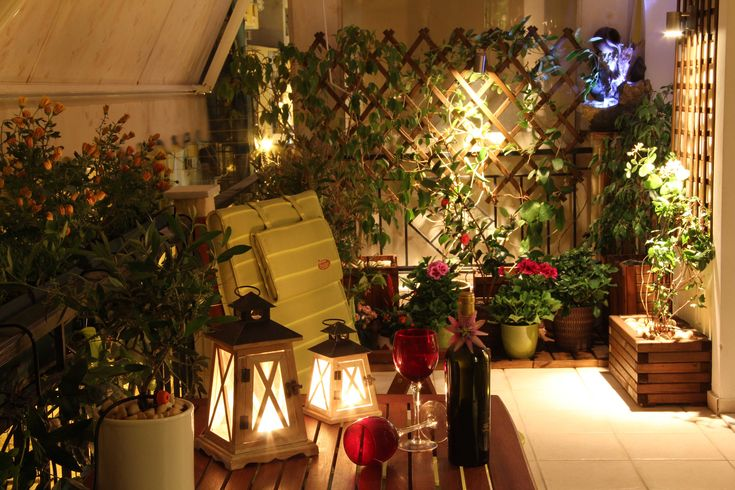 Small Balcony Decorating Ideas | Decoration Ideas For Your Small Balcony - Decorating Small Spaces ...