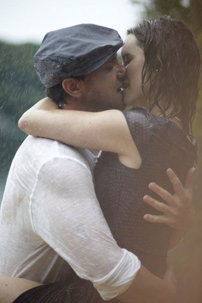 engagement pics based off of The Notebook ...i love this one.