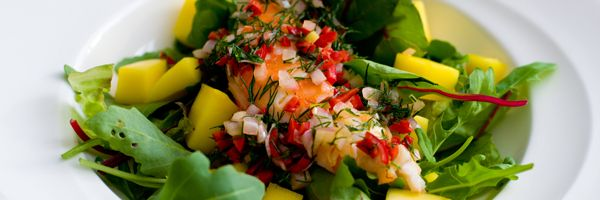 Salade met mango en langoustine