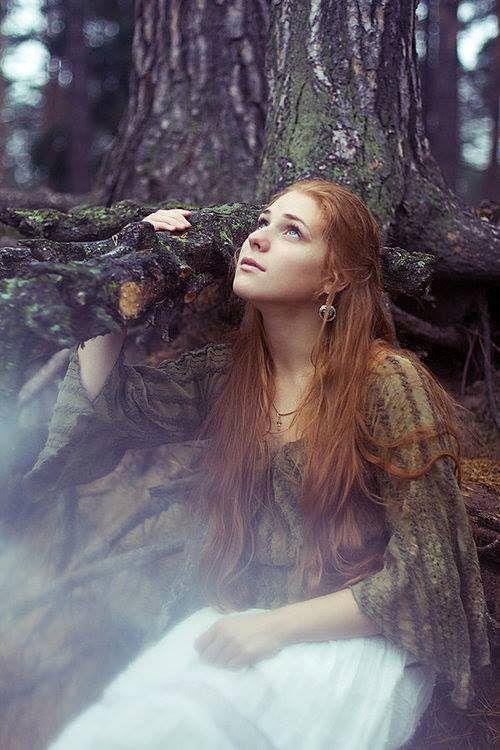Sou parte desse mundo... Faço parte dessa terra... Sou filha da grande mãe... Bruxa solitária...
