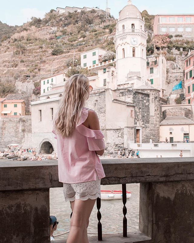 I cant even tell you how much I love Italy it is probably one of my most favorite countries in the world  this picture is from outlet trip to Cinque Terre - it was absolutely amazing  #italy #cinqueterre #summer #summertime #blogger #blog #travel #travelblogger #beauty #beautiful #goodvibes #ootd #outfit #blonde #girl #czechgirl #likeforlike #l4l #like4like #americanstyle #prettylittleiiinspo