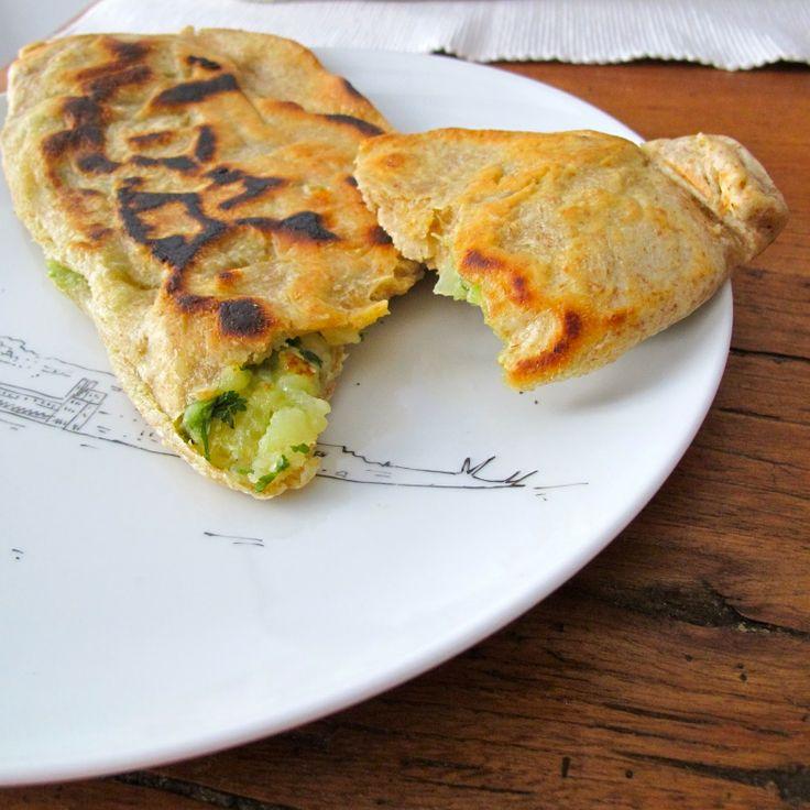 Cozinhar sem Lactose: Bolani ou pães recheados com batata e coentros