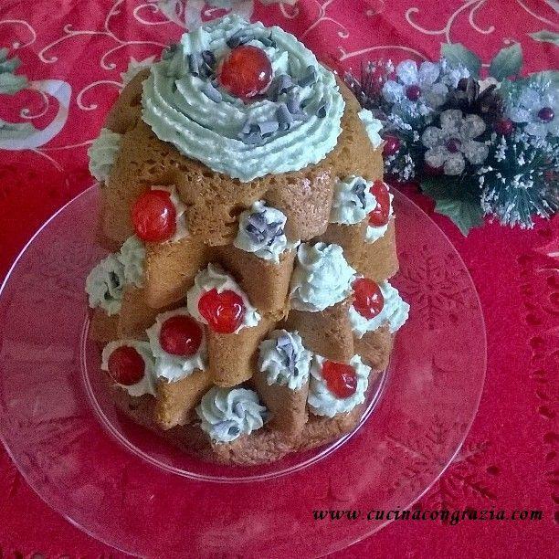 Pandoro farcitohttp://www.cucinacongrazia.com/2015/12/dolci/pandoro-farcito/    Cucina con Grazia