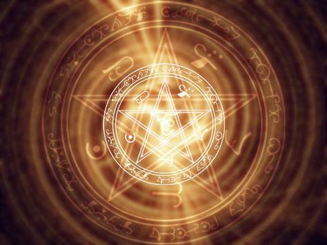 Saviez-vous que la magie blanche peut vous aider au quotidien ? Pour chaque élément de votre vie, il existe des formules qui vous aideront