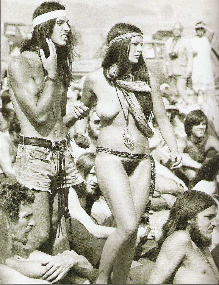 Woodstock!-When our dreams were shining and bravely naked !! Not  a very long time ago, but this board deserves such a  pic !