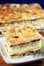 Ciasto to znałam jako Pychotka, jednak wszędzie nazywane jest Pani Walewska - spodobała mi się ta dostojna nazwa. Ciasto doskonałe na wszelkie przyjęcia.