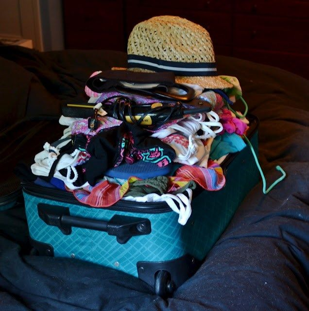 How to fit all of your clothes into a carry carry on packing