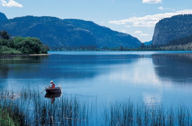 Okanagan Valley - place of tranquility and beauty through www.winerist.com