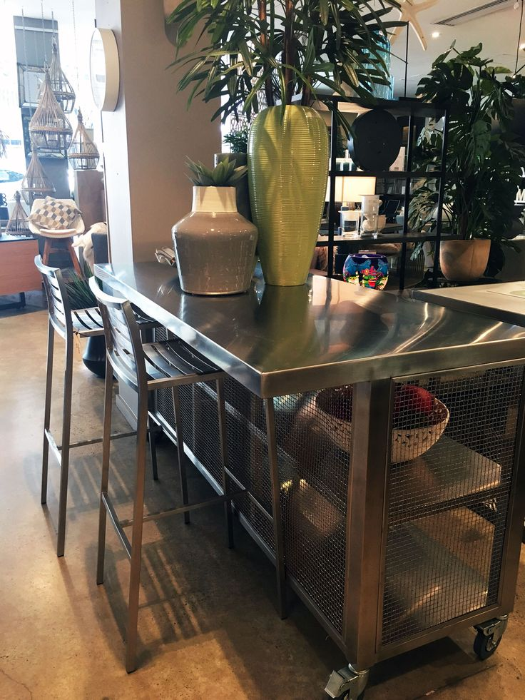 Mobile Kitchen bench and storage - so clever!