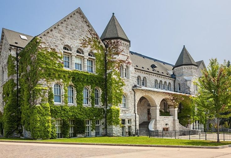 Ontario Hall building on campus of Queen's University in Kingston, Canada. (Photo: Shutterstock)
