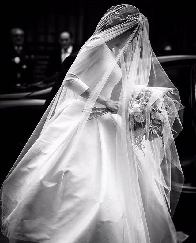 Una Imagen Vale Mas Que Mil Palabras Rubenhernandezcostura Liven Ph Novias Fotosbon Ball Gowns Wedding Wedding Dresses Dream Wedding Dresses