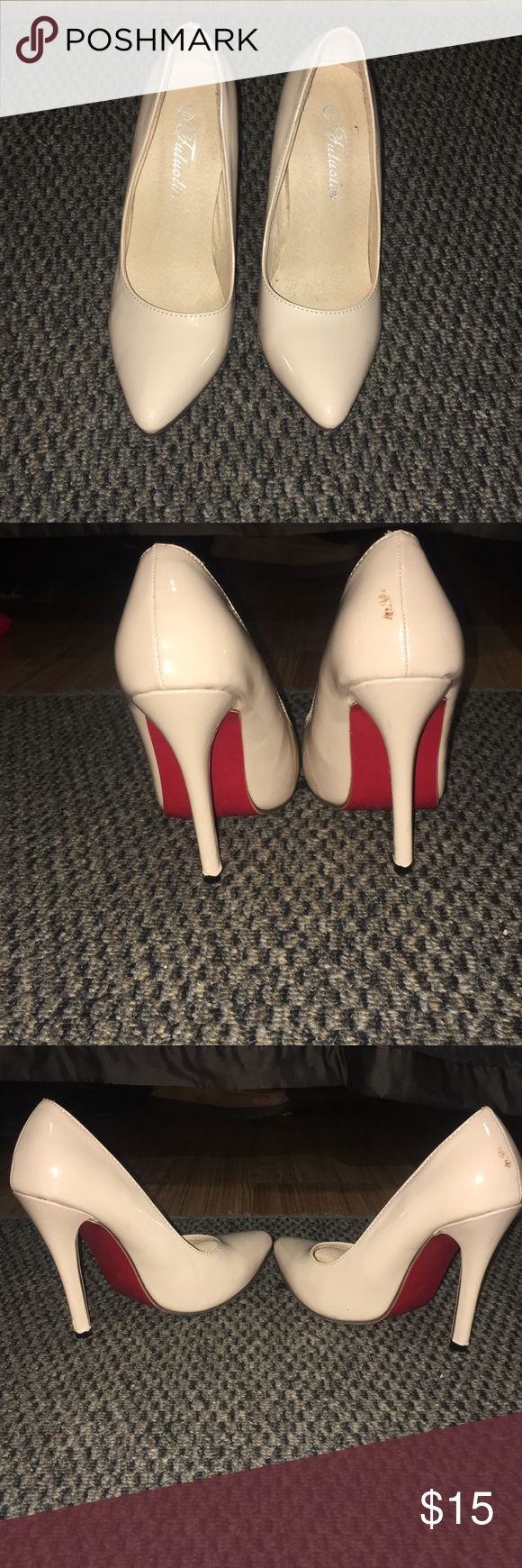 Nude Lou Vuitton LOOK ALIKE size 37 Nude Lou Vuitton LOOK ALIKE size 37 nude with red bottoms again not real just a look alike I'm a 6.5 and they fit me Shoes Heels