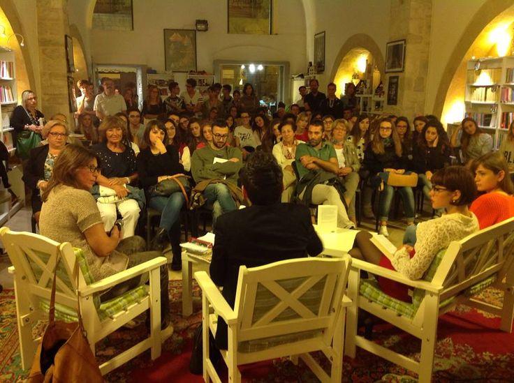 """10 ottobre «Sono stati gli studenti a farmi domande su """"La Ferocia""""»."""