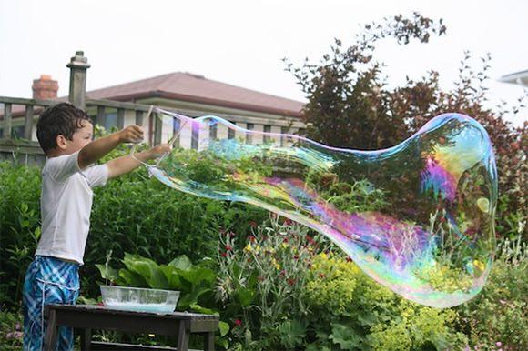 DIY Giant Homemade Bubbles Tutorial