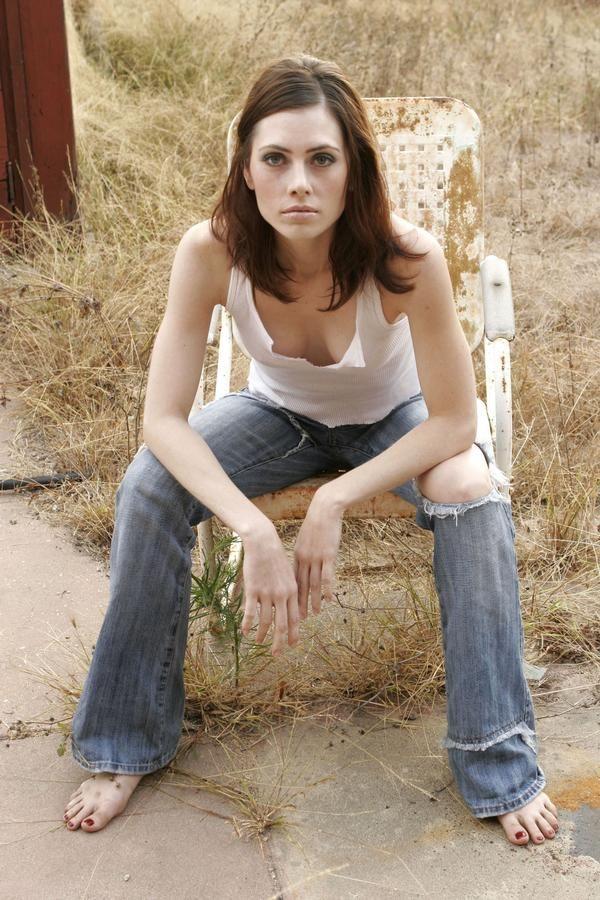 Teen Girls Legs And Feet Wallpapers Adrienne Wilkinson As Captain Lexxa Singh In Star Trek