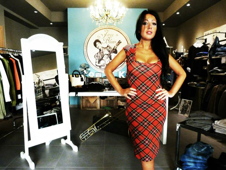 JAZZ & BLUES DRESS SHOP -GUALDO CATTANEO (PG), ITALY