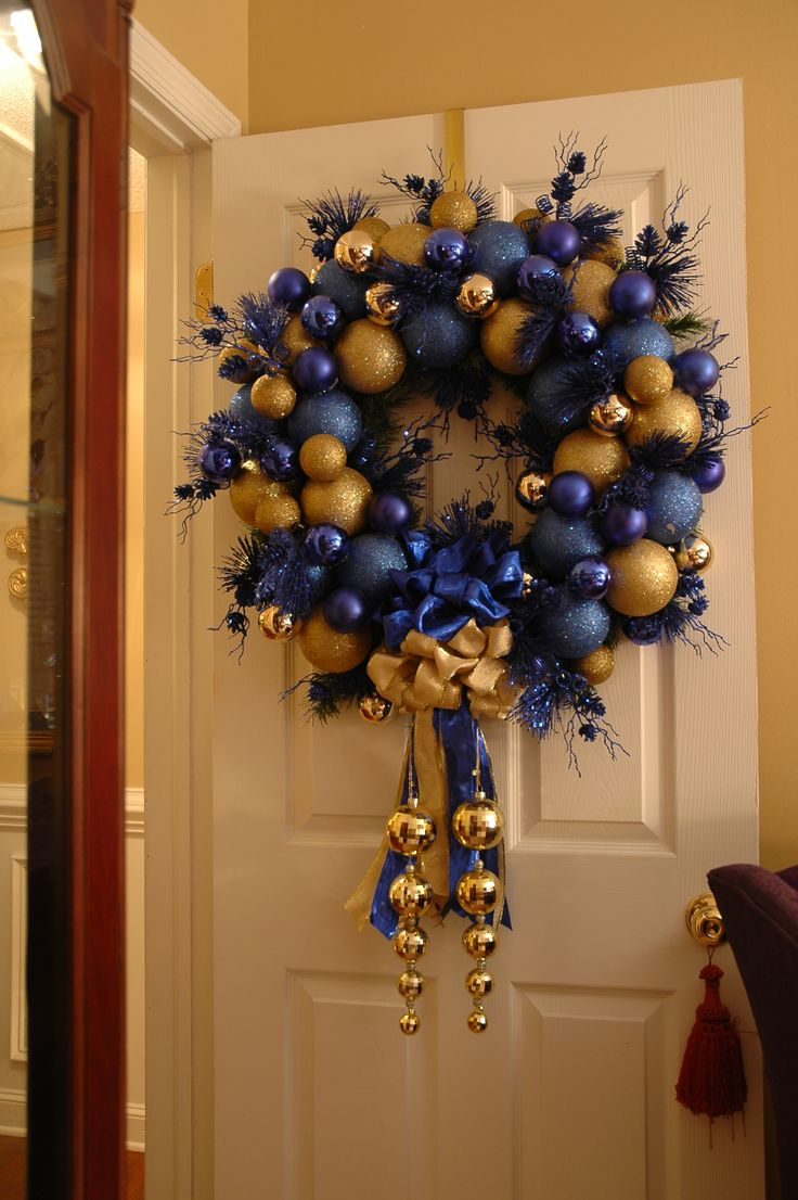 Christmas Wreath On A Door What A Wow Factor A Front Door For All Seasons Pinterest Beautiful Blue And And Christmas