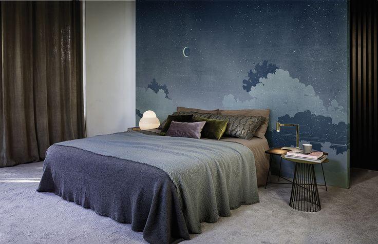 Notturno blu www.wallanddeco.com #wallpaper, #wallcovering, #cartedaparati