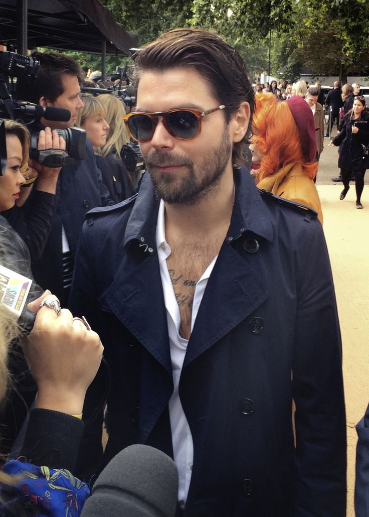 British musician Simon Neil from Biffy Clyro arrives at the Burberry S/S14 show space in Kensington Gardens - shot with #iPhone5s #LFW