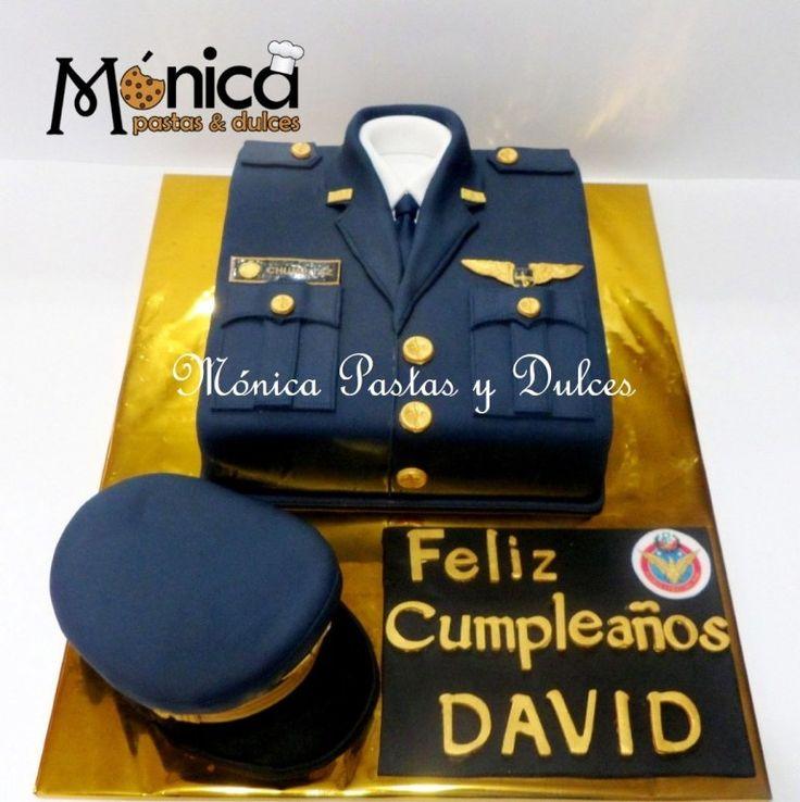TORTA MILITAR PARA CAPITAN con detalles unicos y personalizados elaborado por MONICA PASTAS Y DULCES