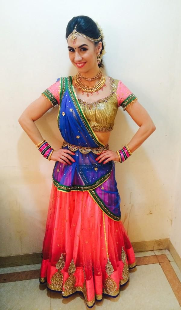 American #Bollywood Dancer Actor @LaurenGottlieb as Radha, on the dance floor, on #Jhalak Janmashtami Spl
