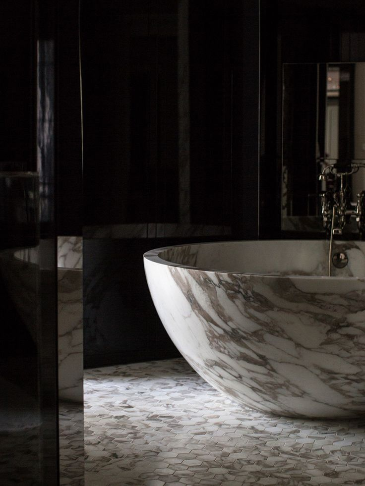 Marble Hex Bath. Rosewood: A weekend in London - Cereal