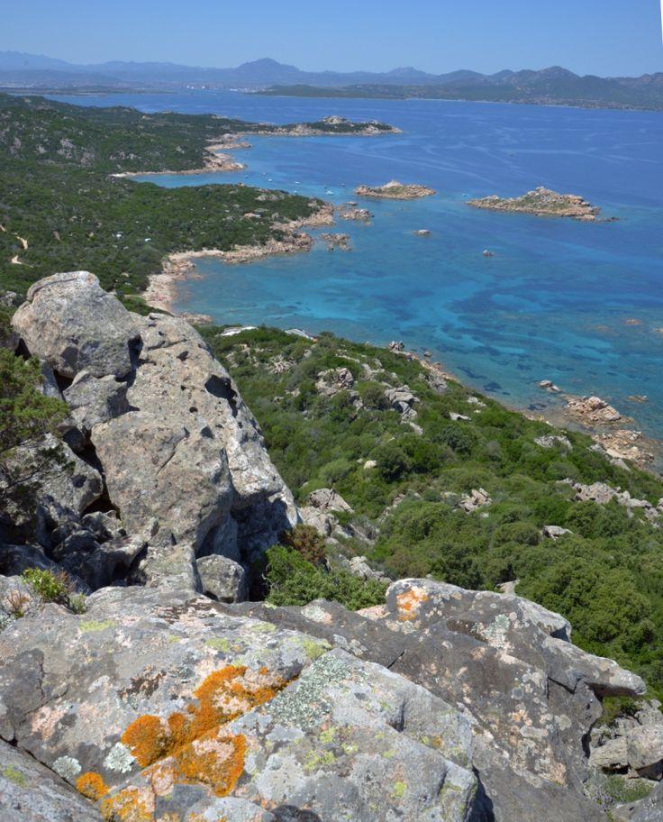 Vista su Capo Ceraso Itinerario 1 http://betogo.eu/escursioni-tavolara-weekend