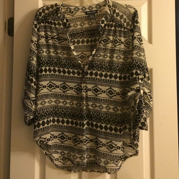 Aztec Shirt Black and White Aztec Shirt, Lightweight, would look good with a cami underneath, size Large NWOT Xhilaration Tops