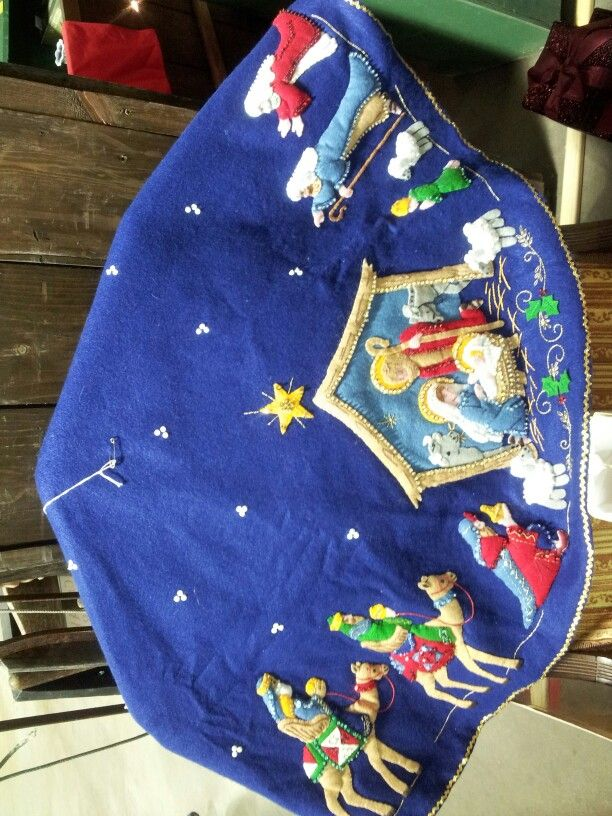 Christmas tree skirt nativity