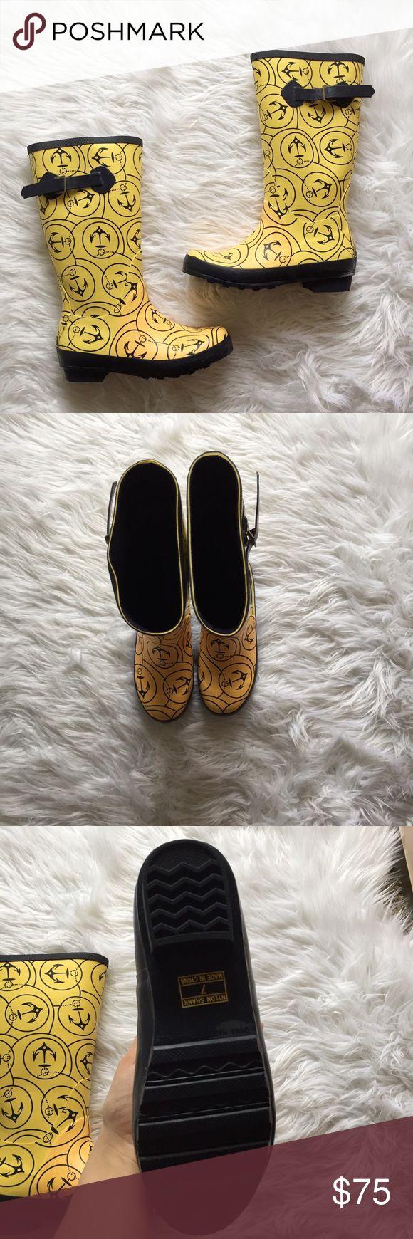 LL Bean Anchor Rain Boots Gorgeous LL Bean Anchor rainboots in excellent condition. So cute! Perfect for spring! 7cddfg L.L. Bean Shoes Winter & Rain Boots