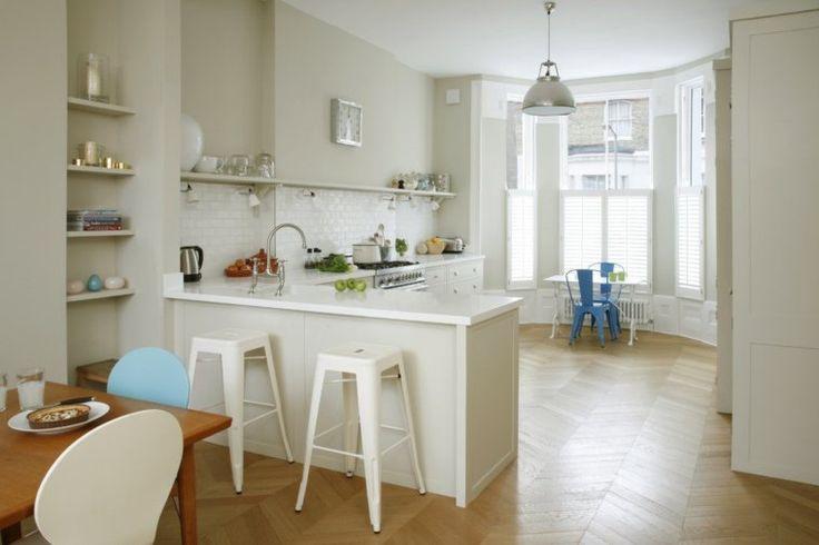 plan de cuisine avec plan de travail en blanc