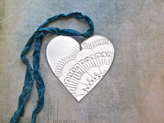 10 Embossed Metal Hearts DIY Wedding Decorations by FoilingInLove