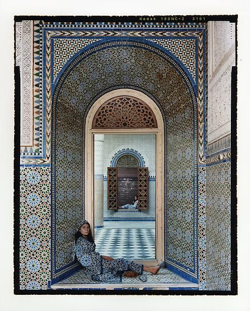 Layla Essaydi's HAREM GIRLS series ... love the dovetailing of the tiles!