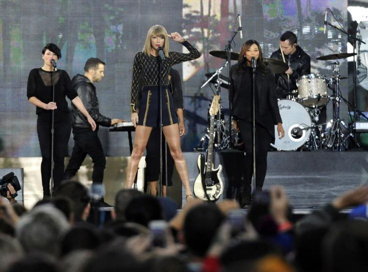 "Taylor Sift and her crew turn loose in Time Square on Good Morning America, They rocked the crowds with tracks from her new ""1989"" album. 10/30/14."