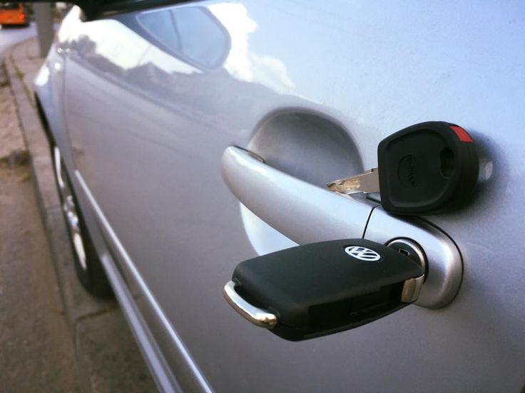 Изработка на изгубени ключове на VW GOLF 2000 година