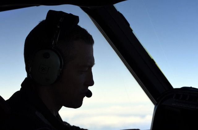 MH370 Signals fading in search for missing flight  5 weeks after Flight MH370 disappeared, search crews fear their only lead may vanish as well.  'No one would underestimate the the task still ahead of us'  4/12/14