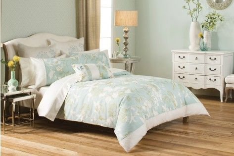 I really like this quilt set. It's been a while since I bought myself new sheets, so I might get this next week for myself :)
