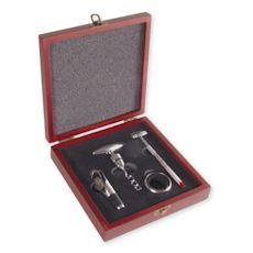 Luxe #wijnset in #houten geschenkcassette  - te #bedrukken met eigen #tekst of #logo.