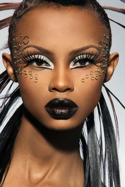 L'Art et La Beauté du Maquillage. - Page 2