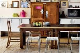 kersenhouten tafel met rode stoelen - Google zoeken