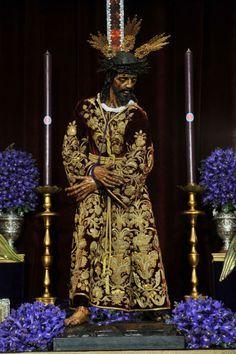 Nuestro Padre Jesús del Silencio. Besapies. Hermandad del Silencio. Sevilla. Iglesia de San Antonio Abada, Marzo de 2017