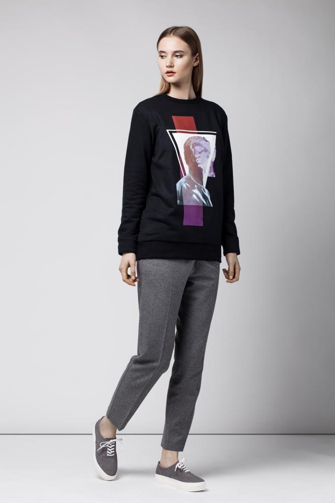 Sweatshirt with print Female crewneck with print Polish label