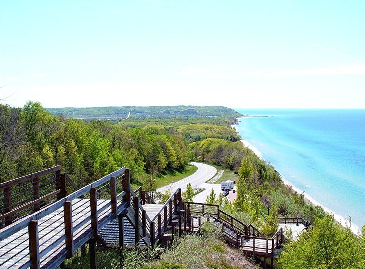 Inspiration Point Scenic Lookout - Arcadia, MI   On M22 between Frankfort and Manistee..truly inspirational.