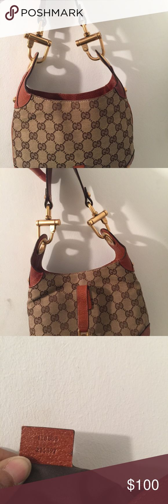Authentic Gucci purse Small Gucci purse I purchase this from a posh seller pic's show front back serial code and inside. Still has good wear. Gucci Bags Mini Bags