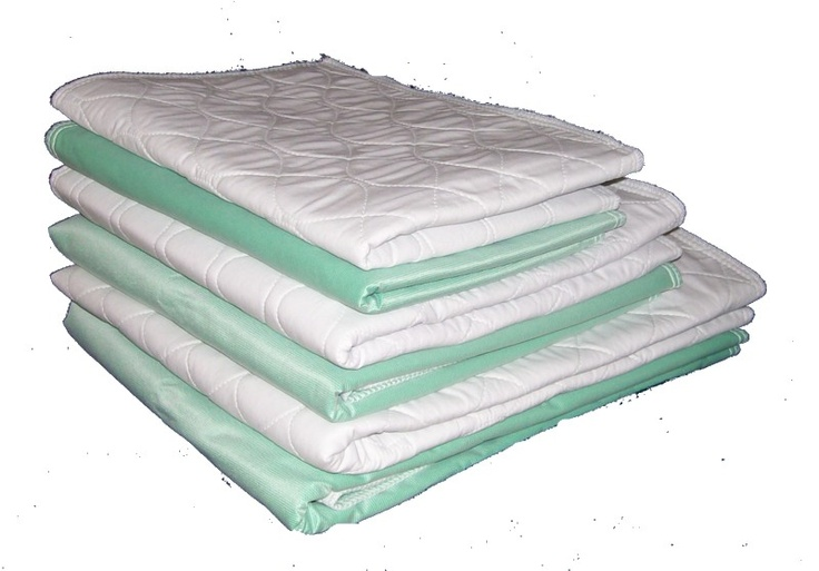 Assorted size pack Regular Washable Puppy Pads  4ea 18x24, 24x36 and 30x36 #dog incontinence Senior Dog Care Must have! http://www.personallypaws.com