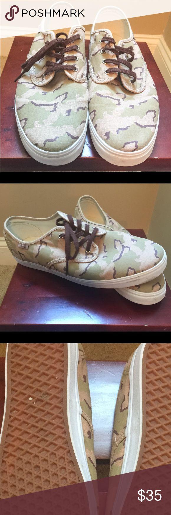 Vans in Camo Men's Size 11.5 Vans in camo print Men's size 11.5. Pre loved and still almost new❗️💥🙌🏻 Vans Shoes Sneakers
