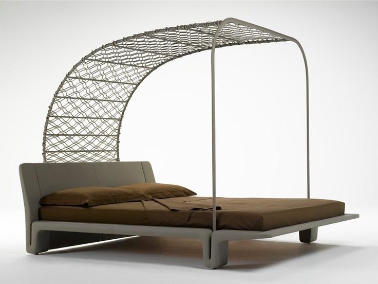 Letto imbottito matrimoniale con baldacchino in rete di cuoio TWICE by @matteograssi   Design Franco Poli. #bed #interiordesign