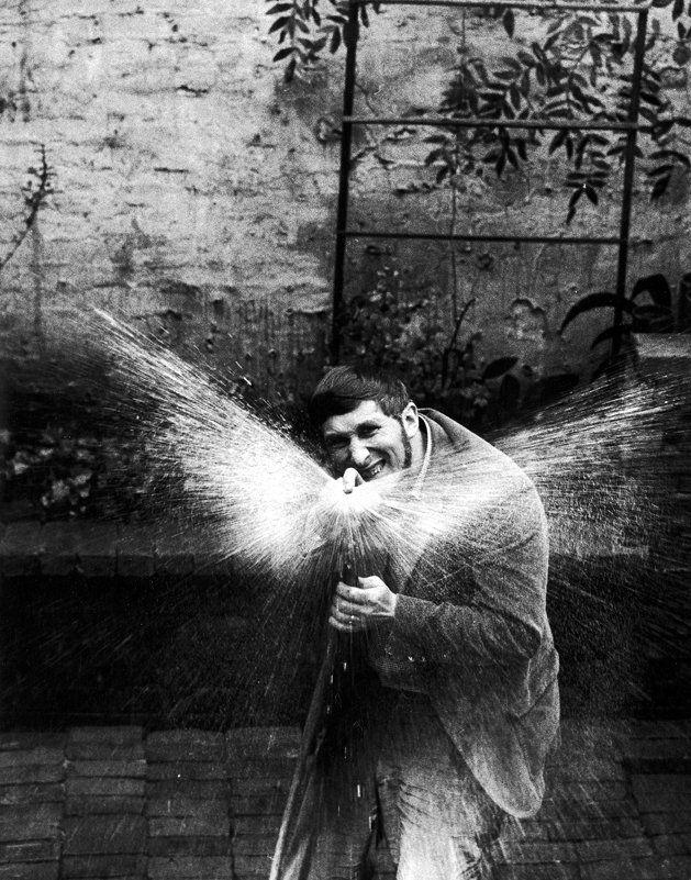 New York, Tomi Ungerer, 1965.  Enzo Sellerio